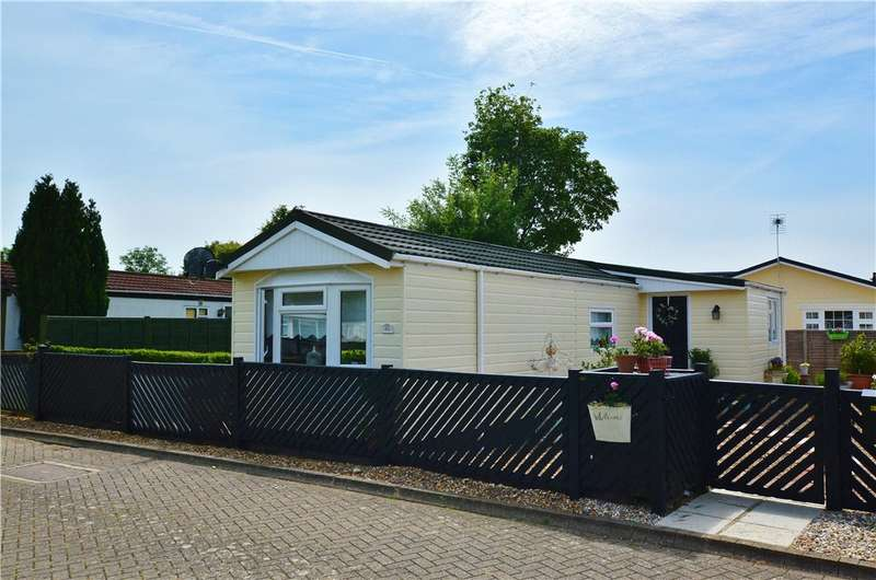 1 Bedroom Park Home Mobile Home for sale in Takeley