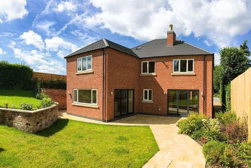 4 Bedrooms Detached House for sale in Town Head, Ashbourne