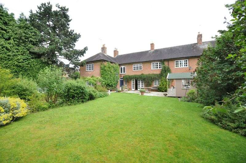 6 Bedrooms Detached House for sale in Church Road, Rolleston on Dove