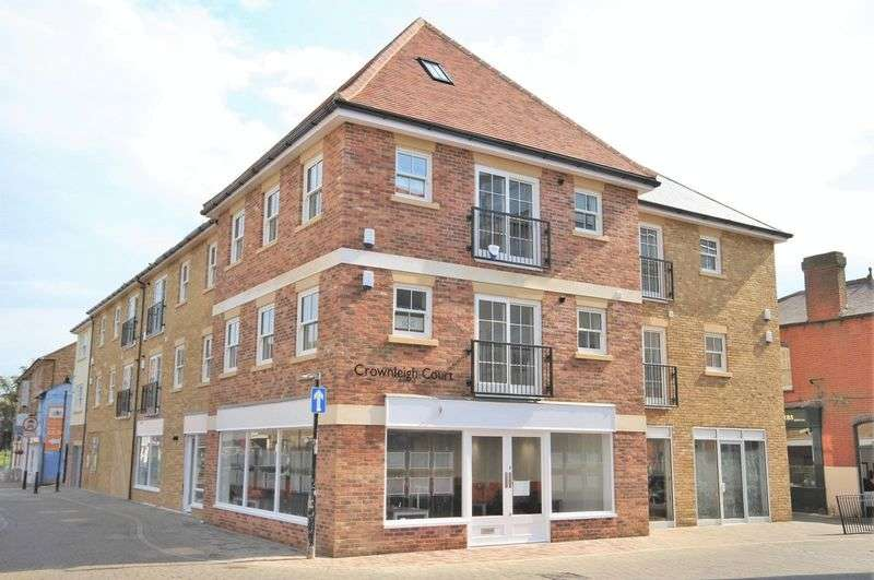 2 Bedrooms Flat for sale in Flat 3, Ropers Yard, Brentwood