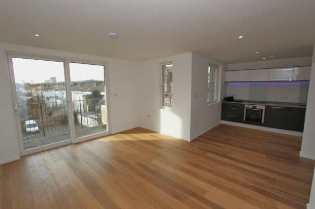 1 Bedroom Apartment Flat for sale in 26A ST. MARTINS PLACE BRIGHTON