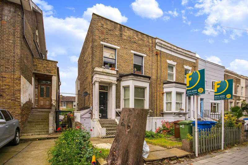 1 Bedroom Flat for sale in Asylum Road, Peckham, SE15
