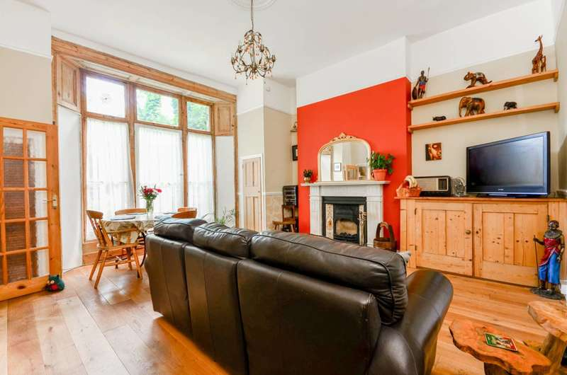 2 Bedrooms Flat for sale in Thicket Road, Crystal Palace, SE20