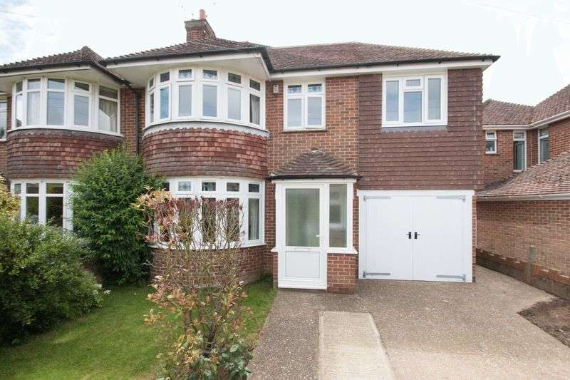 4 Bedrooms Semi Detached House for sale in Graydon Avenue, Chichester