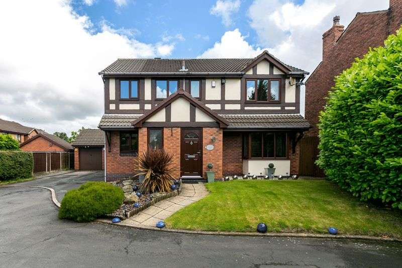 4 Bedrooms Detached House for sale in Sandbrook Gardens, Orrell, WN5 8TZ