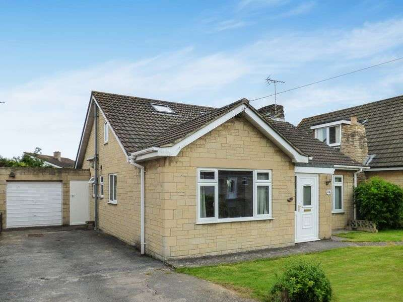 4 Bedrooms Detached House for sale in Hazel Grove, Trowbridge