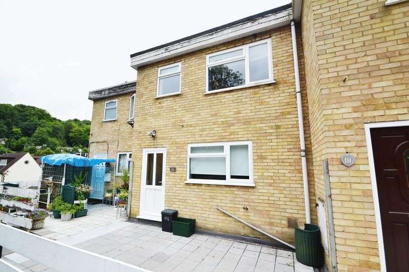 2 Bedrooms Property for sale in Lusted Hall Lane, Tatsfield, Westerham