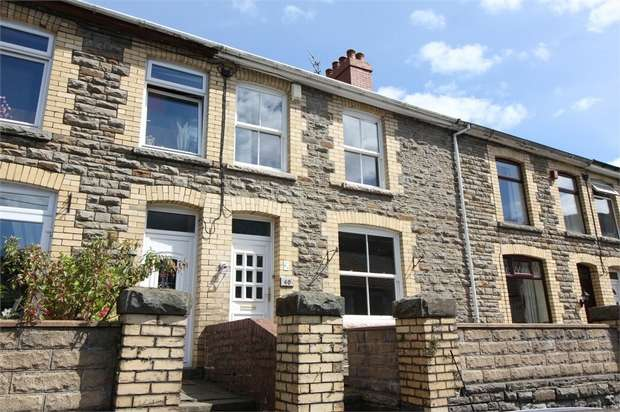 3 Bedrooms Terraced House for sale in North Road, Cross Keys, NEWPORT, Caerphilly