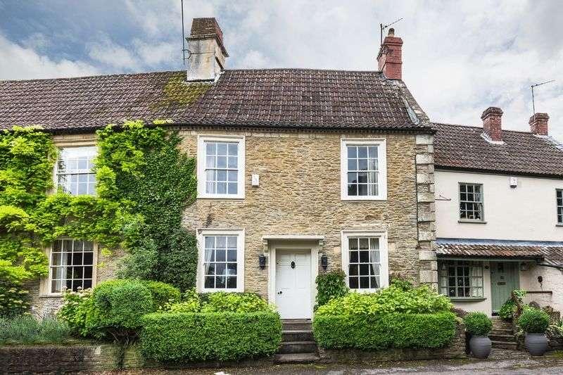 3 Bedrooms Terraced House for sale in Castle Corner, Beckington