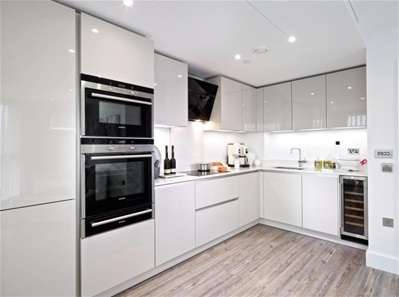 1 Bedroom Flat for sale in Aldgate Place, Aldgate