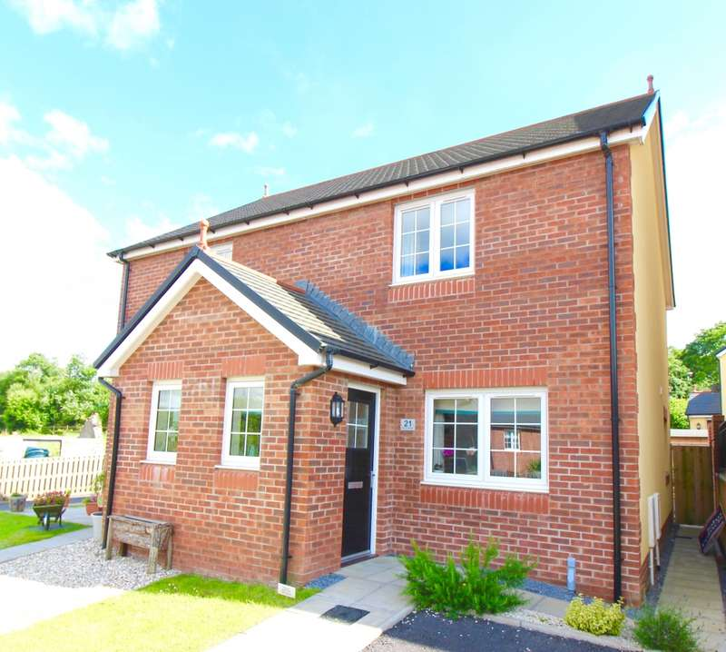 2 Bedrooms Semi Detached House for sale in Parc Yr Hendre, Ammanford, Carmarthenshire, SA18