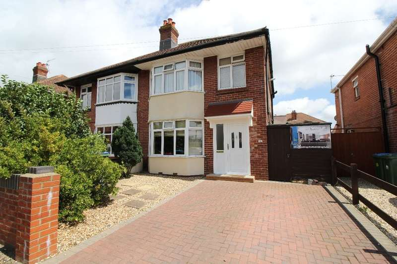 3 Bedrooms Semi Detached House for sale in King Georges Avenue, Southampton, SO15