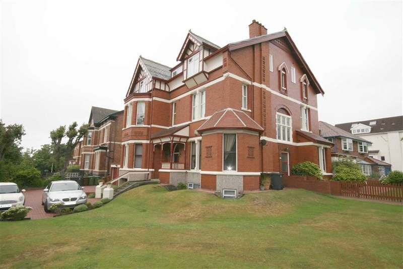 3 Bedrooms Property for sale in Belgrave Road, Birkdale, Southport