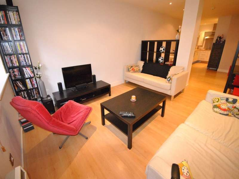 1 Bedroom Flat for sale in John William Court, 72 John William Street, Town Centre, HUDDERSFIELD, West Yorkshire