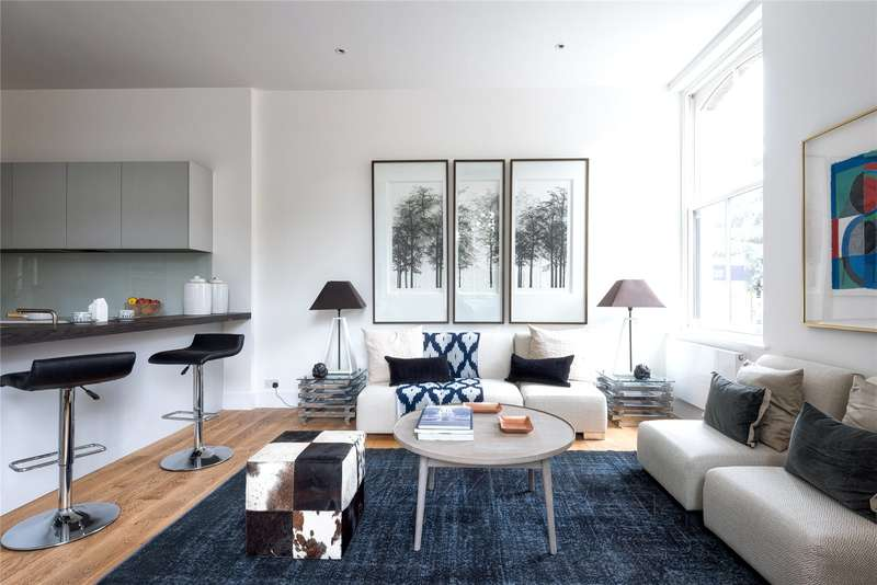 3 Bedrooms Flat for sale in Peloton Place, Upper Richmond Road, Putney, London, SW15