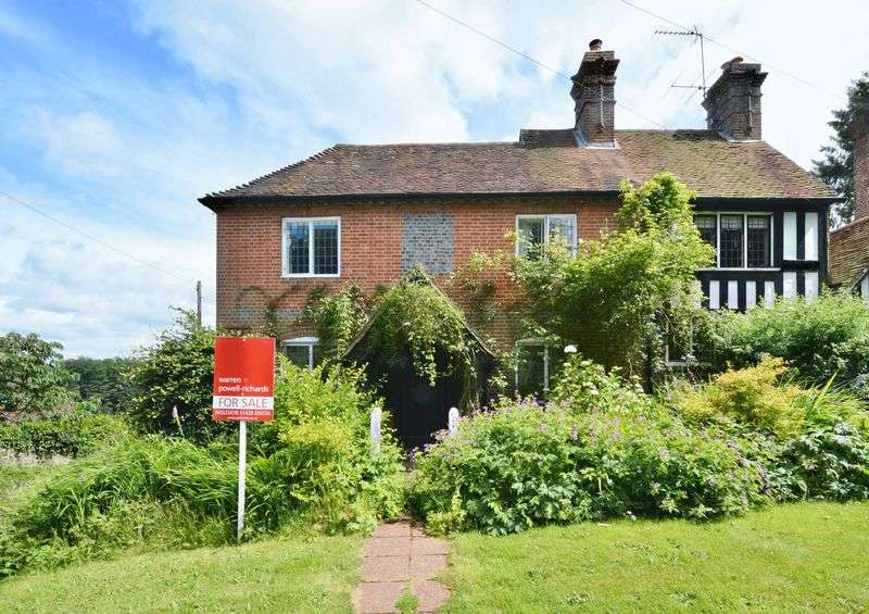 3 Bedrooms Semi Detached House for sale in Haslemere