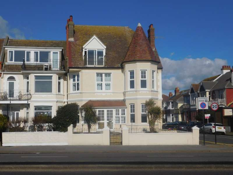 3 Bedrooms Flat for sale in Kingsway, Hove