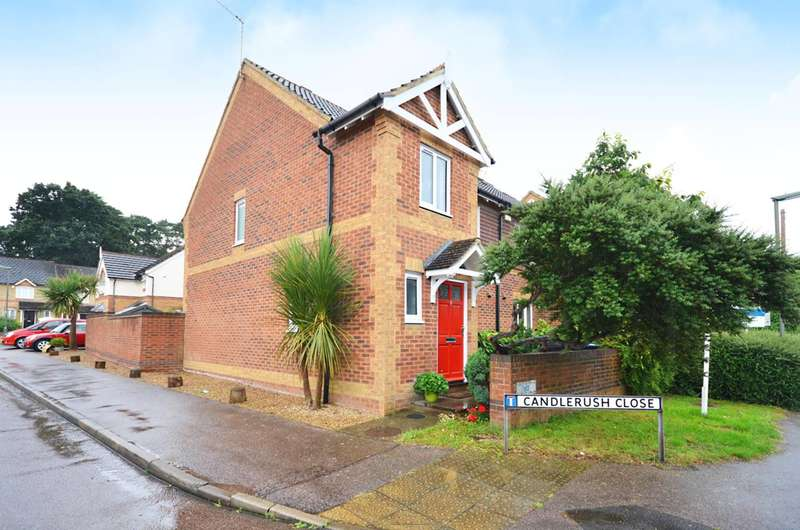 3 Bedrooms Semi Detached House for sale in Lavender Road, Woking, GU22