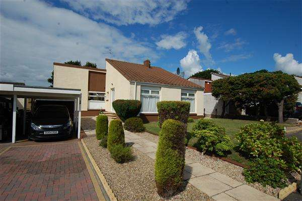 4 Bedrooms Detached Bungalow for sale in Frankfield Place, Dalgety Bay