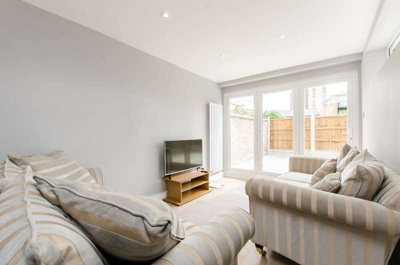 5 Bedrooms Flat for sale in Globe Road, Bethnal Green, E2