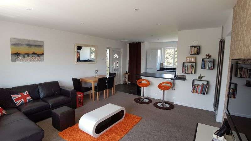 2 Bedrooms Flat for sale in Blackgate Road, Shoeburyness