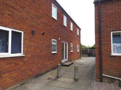 1 Bedroom Flat for sale in High Street, Attleborough, Norfolk