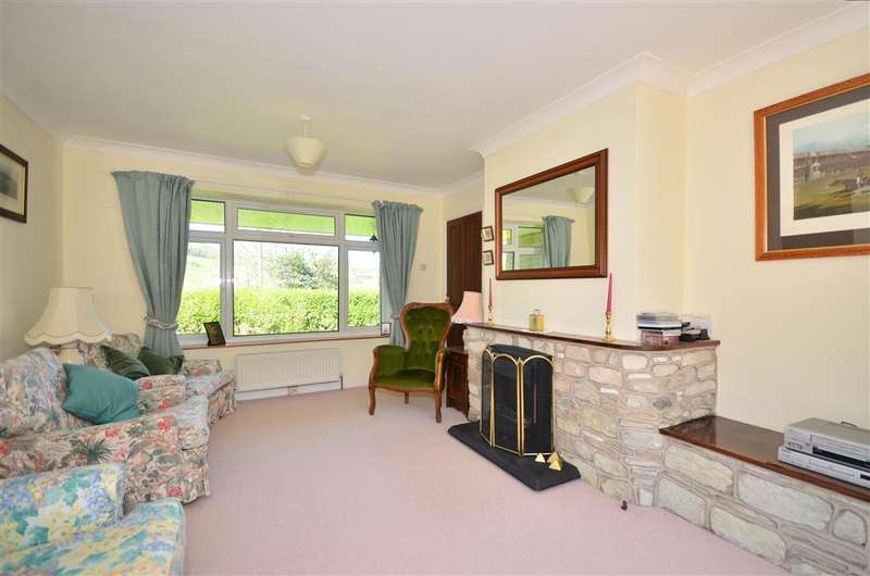 3 Bedrooms Bungalow for sale in Mountfield Road, Wroxall, Ventnor, Isle of Wight
