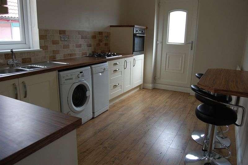 2 Bedrooms Terraced House for sale in ** HOT PROPERTY ** Kingsmere Gardens, Walker Park