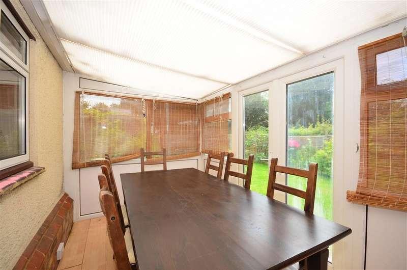 3 Bedrooms End Of Terrace House for sale in Watson Road, Westcott, Dorking, Surrey