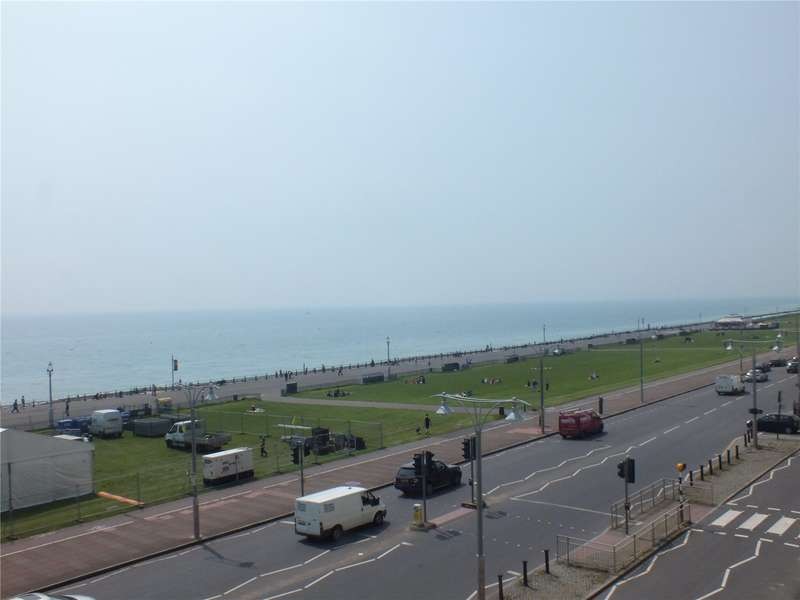 3 Bedrooms Flat for sale in Brunswick Terrace, Hove, East Sussex, BN3
