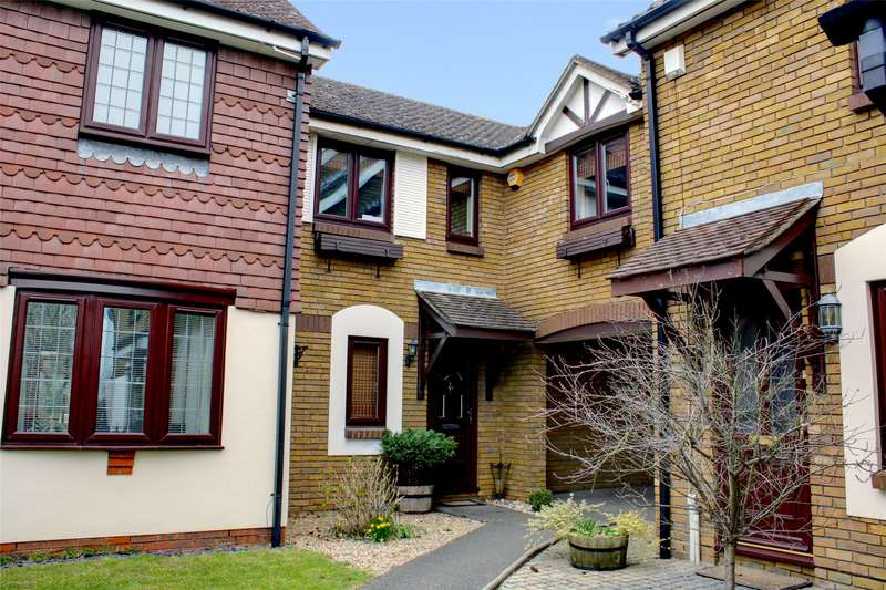 3 Bedrooms Terraced House for sale in Clerics Walk, Shepperton, Surrey, TW17