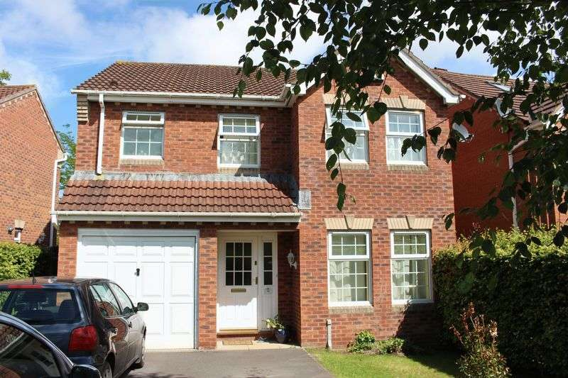 4 Bedrooms Detached House for sale in Fynamore Gardens, Calne