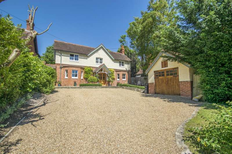 4 Bedrooms Detached House for sale in Springhill Road, Goring-on-Thames, Reading, RG8
