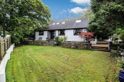4 Bedrooms Detached House for sale in Bodmin, Bodmin, Cornwall