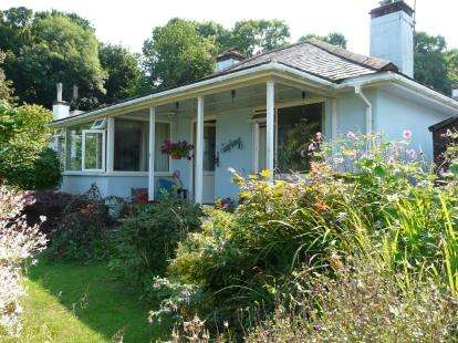 2 Bedrooms Bungalow for sale in Paignton, Devon