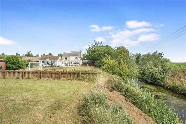 5 Bedrooms Detached House for sale in Northey Road, Peterborough, Cambridgeshire
