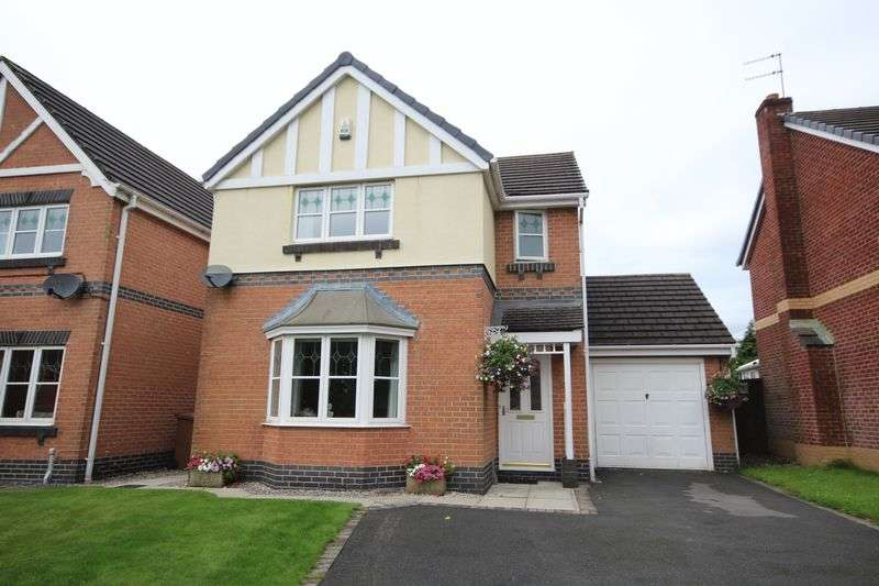 3 Bedrooms Detached House for sale in TARNSIDE CLOSE, Smallbridge, Rochdale OL16 2QD