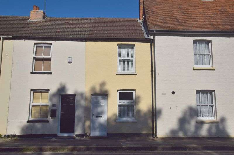 2 Bedrooms Terraced House for sale in Victoria Road, Bletchley, Milton Keynes