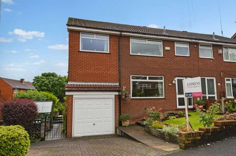 4 Bedrooms Semi Detached House for sale in Trent Road, Shaw, Oldham, OL2