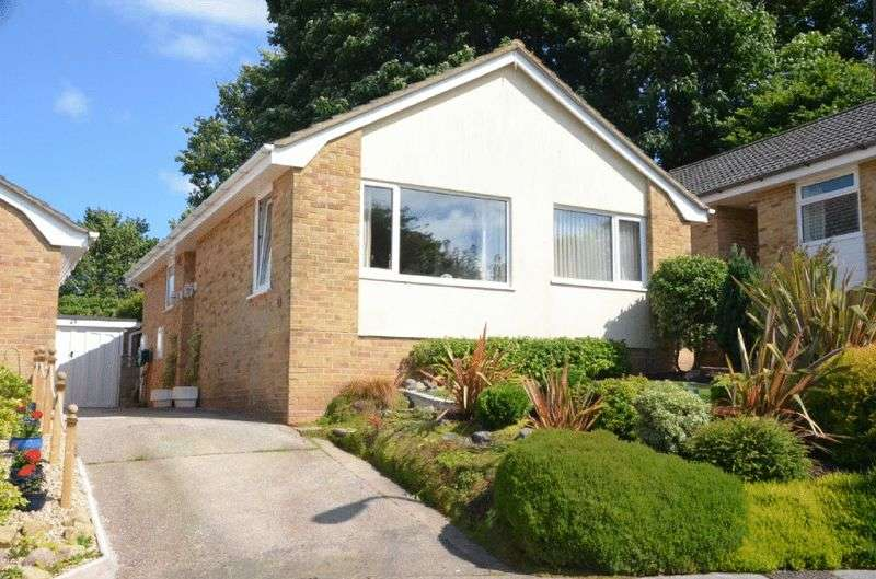 2 Bedrooms Bungalow for sale in SPRINGDALE CLOSE, BRIXHAM