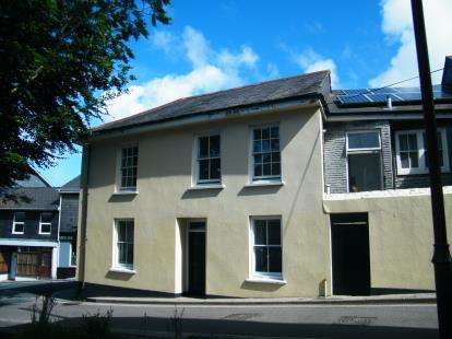 1 Bedroom Flat for sale in Wesley Street, Redruth, Cornwall