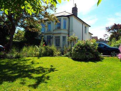 4 Bedrooms Semi Detached House for sale in Braintree