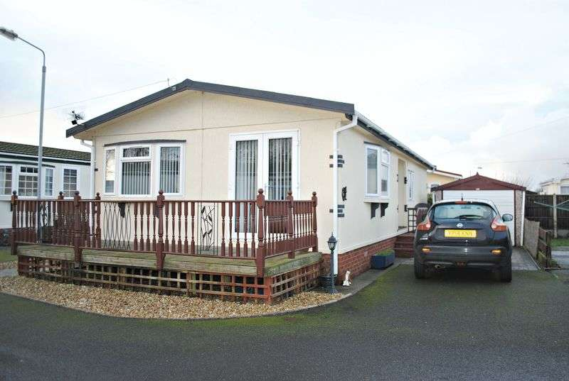 2 Bedrooms Detached House for sale in Harpswell Hill Park, Gainsborough