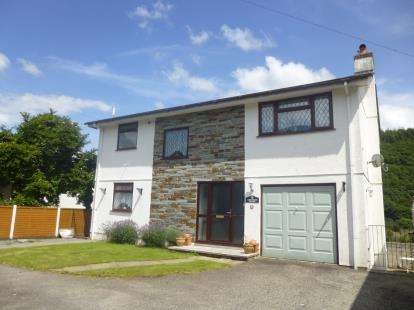4 Bedrooms Detached House for sale in Gunnislake, Cornwall