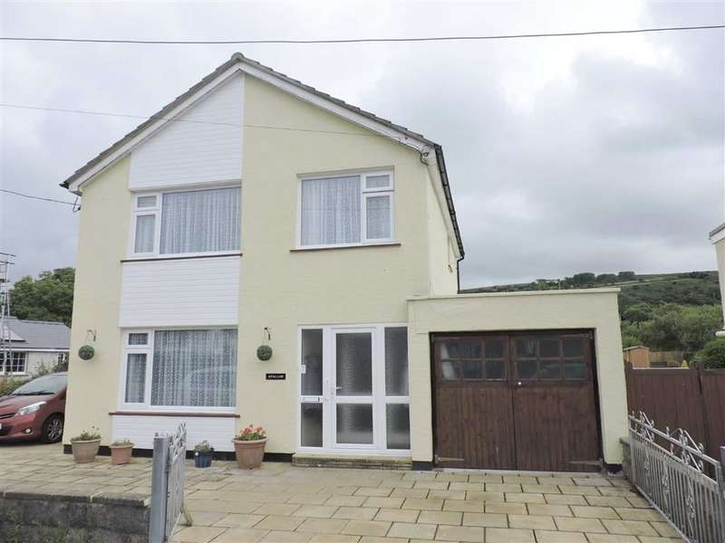 3 Bedrooms Property for sale in Dinas Cross, Newport