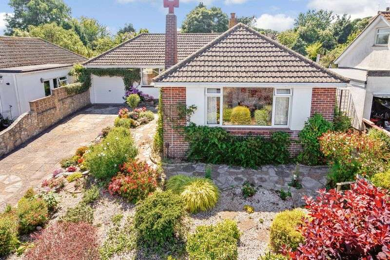 2 Bedrooms Detached Bungalow for sale in Lady Park Road, Torquay