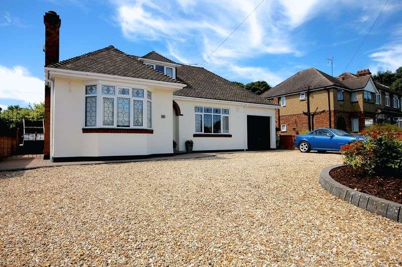 4 Bedrooms Detached Bungalow for sale in Chaul End Road, Caddington
