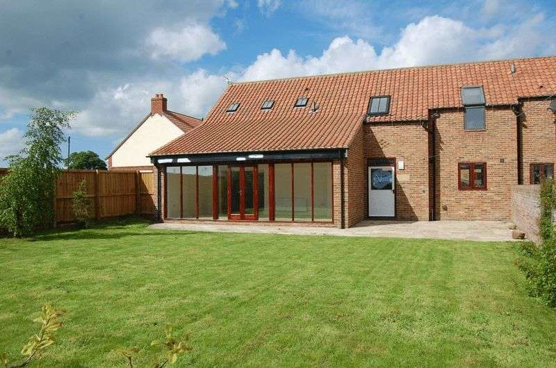 3 Bedrooms House for sale in Swaledale Court, Morton on Swale, Northallerton
