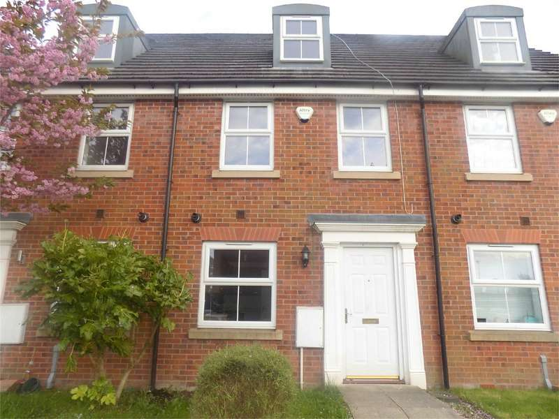 3 Bedrooms Town House for sale in Littlebrooke Close, Tonge Moor, Bolton, Lancashire