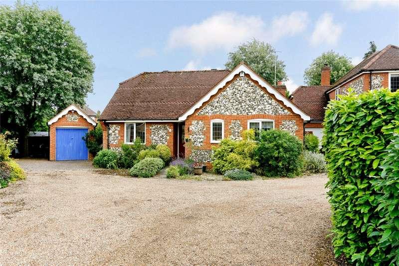 3 Bedrooms Detached Bungalow for sale in Victoria Gardens, Marlow, Buckinghamshire, SL7
